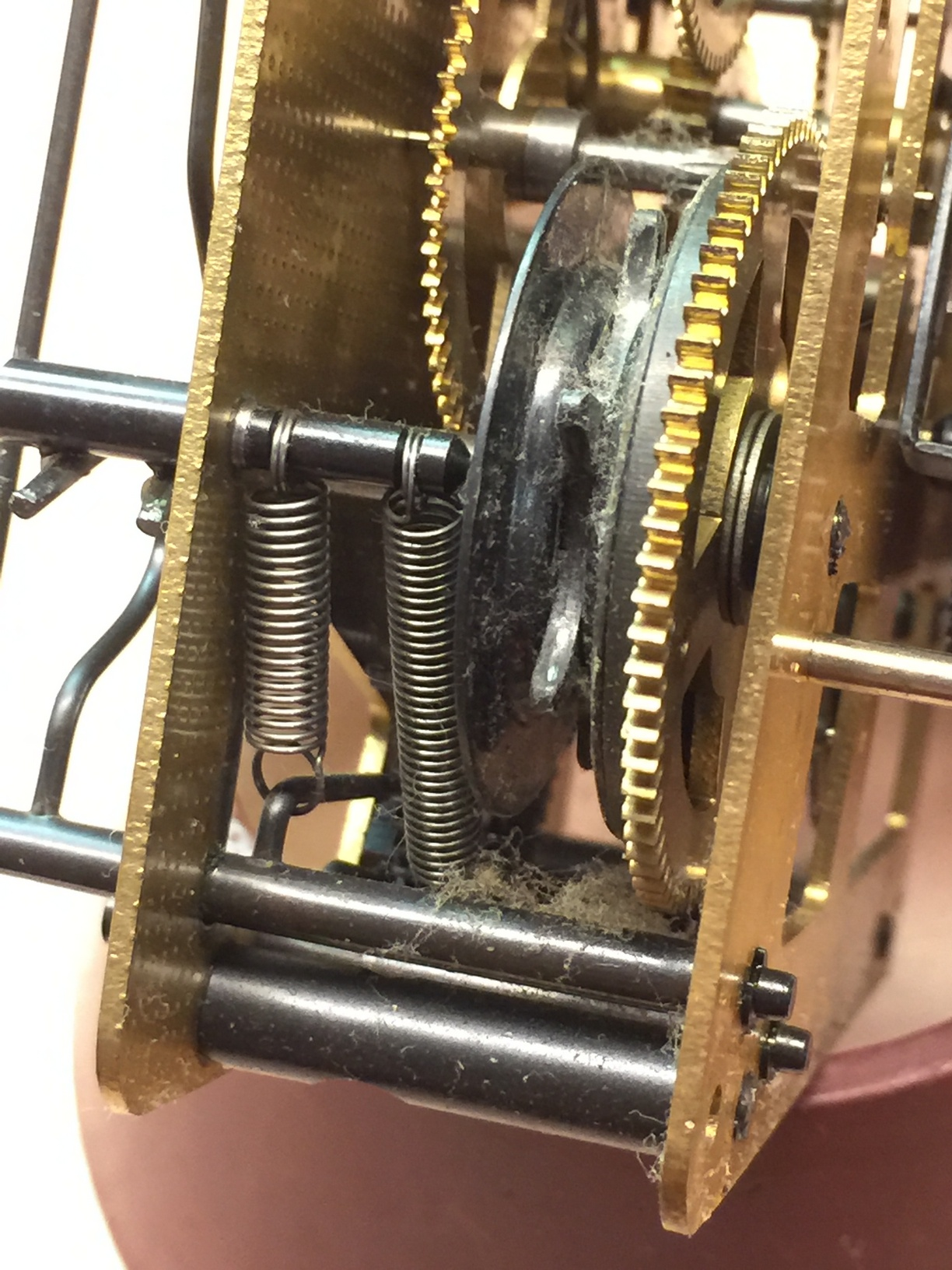Klok reparatie - erg stoffig uurwerk