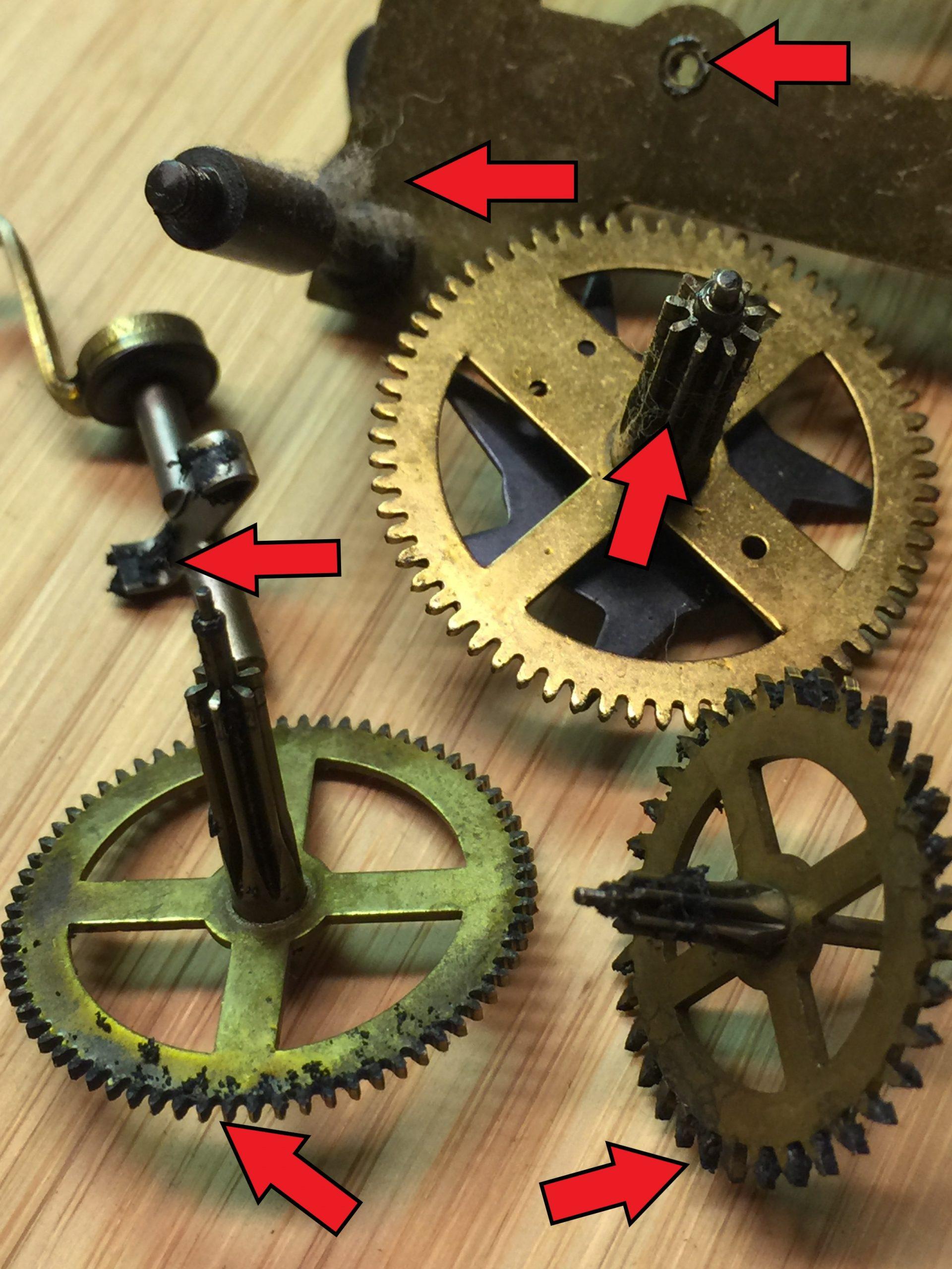 Klok reparatie - vuile raderen