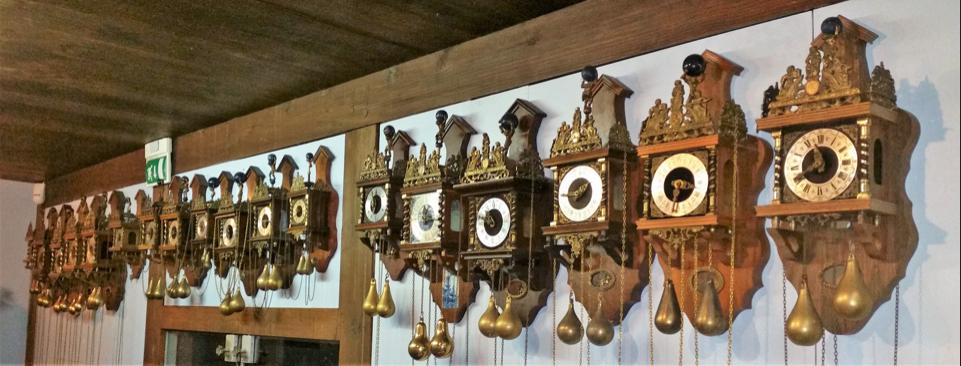 Zaanse klokken op een rij - klokkenmaker Lars Dekker blog
